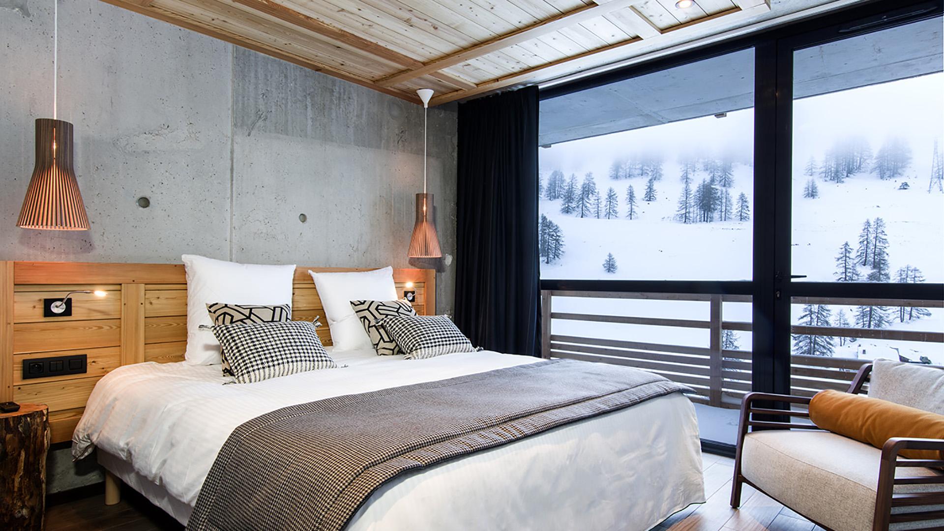 hotel design 4 toiles au pied des pistes de vars risoul